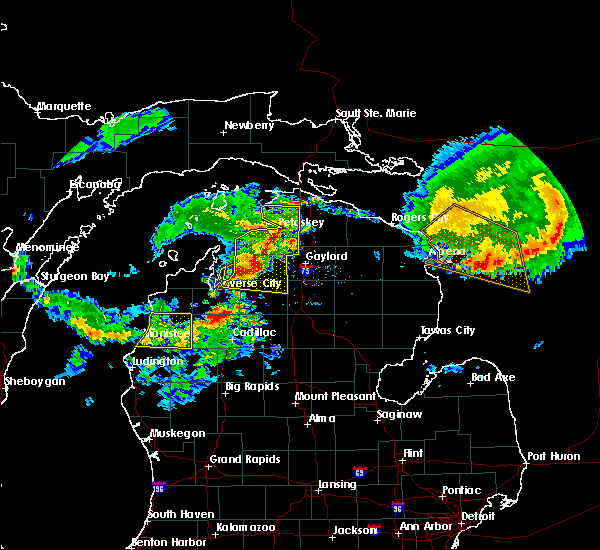 Radar Image for Severe Thunderstorms near South Boardman, MI at 8/2/2015 12:19 PM EDT