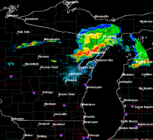 Radar Image for Severe Thunderstorms near Sturgeon Bay, WI at 8/2/2015 1:58 PM CDT