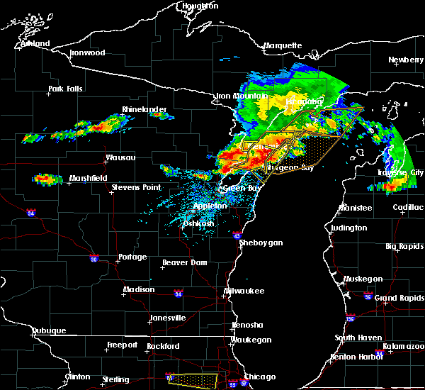 Radar Image for Severe Thunderstorms near Sturgeon Bay, WI at 8/2/2015 2:10 PM CDT