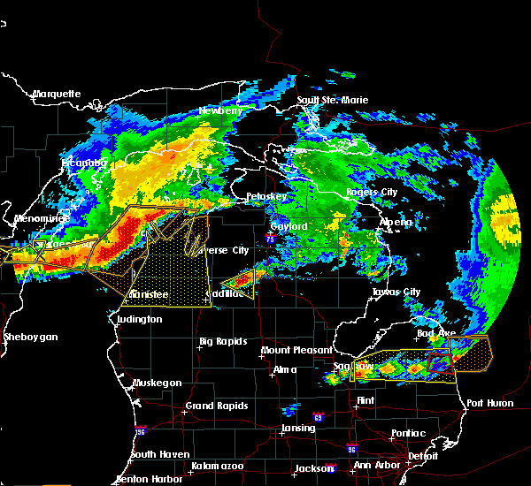 Radar Image for Severe Thunderstorms near Nessen City, MI at 8/2/2015 4:00 PM EDT