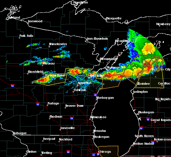 Radar Image for Severe Thunderstorms near Casco, WI at 8/2/2015 3:22 PM CDT