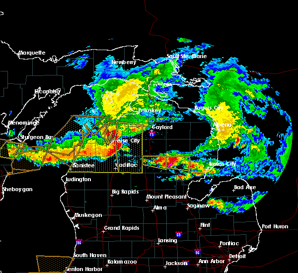 Radar Image for Severe Thunderstorms near Bendon, MI at 8/2/2015 4:47 PM EDT