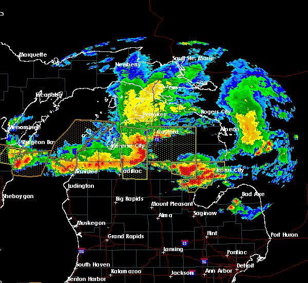 Radar Image for Severe Thunderstorms near South Boardman, MI at 8/2/2015 5:09 PM EDT