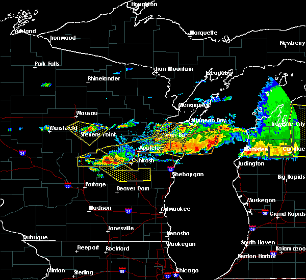 Radar Image for Severe Thunderstorms near Tigerton, WI at 8/2/2015 4:33 PM CDT