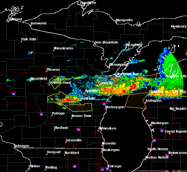 Radar Image for Severe Thunderstorms near Tigerton, WI at 8/2/2015 4:42 PM CDT