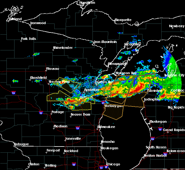 Radar Image for Severe Thunderstorms near Rosendale, WI at 8/2/2015 4:58 PM CDT