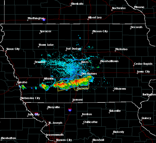 Radar Image for Severe Thunderstorms near Osceola, IA at 8/2/2015 6:03 PM CDT
