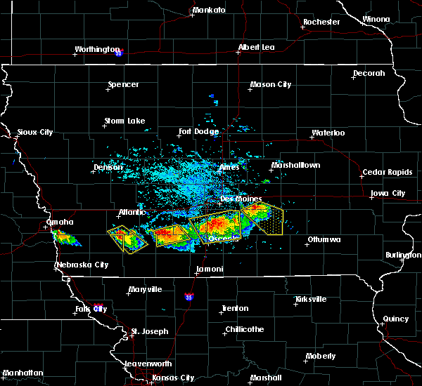 Radar Image for Severe Thunderstorms near Harvey, IA at 8/2/2015 6:21 PM CDT
