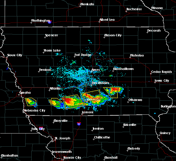 Radar Image for Severe Thunderstorms near Woodburn, IA at 8/2/2015 6:44 PM CDT