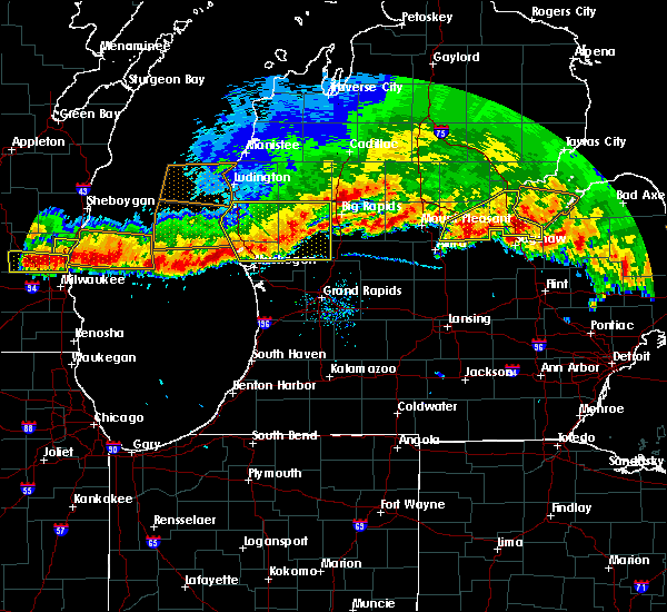 Radar Image for Severe Thunderstorms near Casnovia, MI at 8/2/2015 8:09 PM EDT