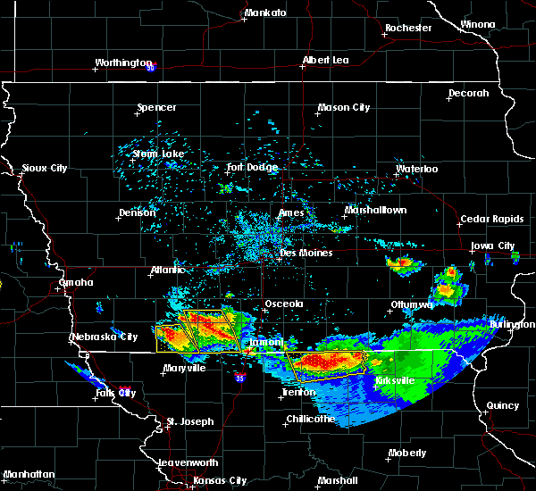 Radar Image for Severe Thunderstorms near Blockton, IA at 8/2/2015 8:06 PM CDT