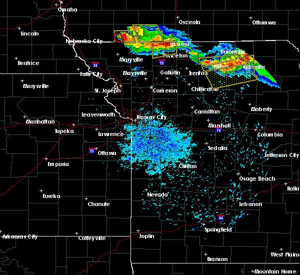 Radar Image for Severe Thunderstorms near Winigan, MO at 8/2/2015 8:47 PM CDT