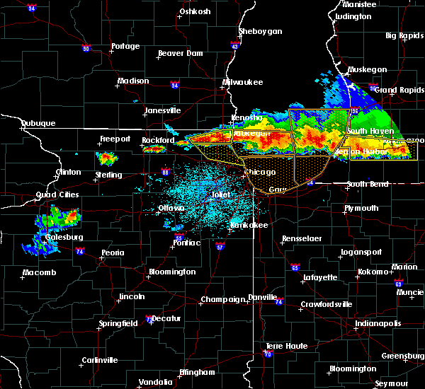 Radar Image for Severe Thunderstorms near Northbrook, IL at 8/2/2015 9:55 PM CDT