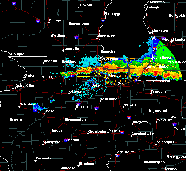 Radar Image for Severe Thunderstorms near South Elgin, IL at 8/2/2015 10:38 PM CDT