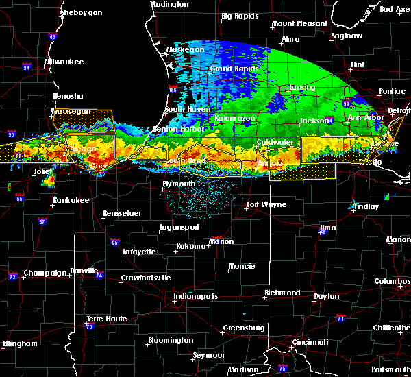 Radar Image for Severe Thunderstorms near Shipshewana, IN at 8/3/2015 12:13 AM EDT