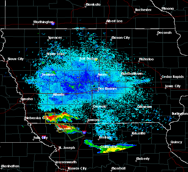 Radar Image for Severe Thunderstorms near Bedford, IA at 8/2/2015 11:17 PM CDT