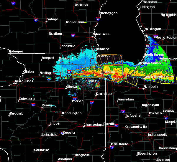 Radar Image for Severe Thunderstorms near Lisle, IL at 8/2/2015 11:16 PM CDT