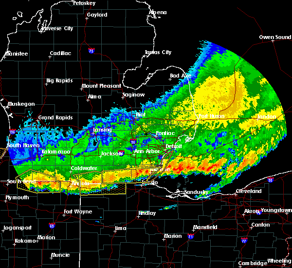 Radar Image for Severe Thunderstorms near Toledo, OH at 8/3/2015 12:23 AM EDT