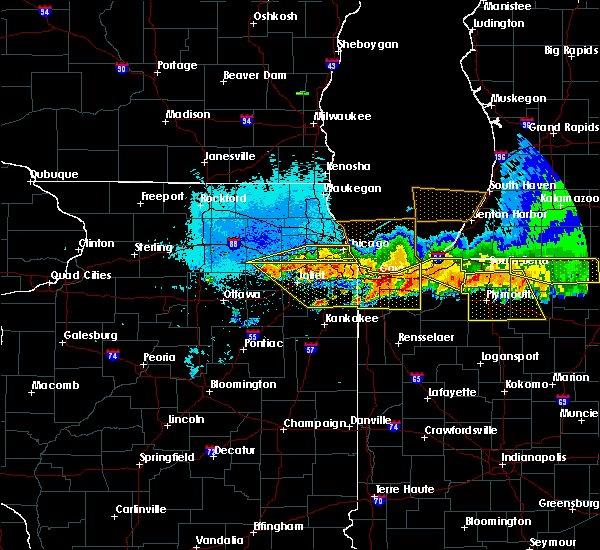 Radar Image for Severe Thunderstorms near Dixmoor, IL at 8/2/2015 11:45 PM CDT