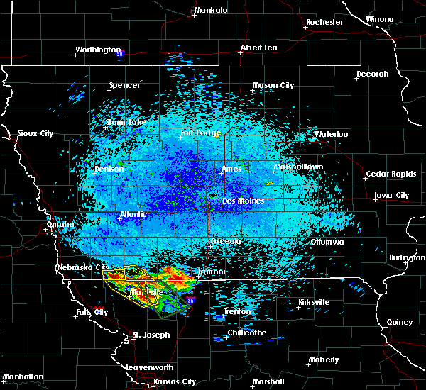 Radar Image for Severe Thunderstorms near Braddyville, IA at 8/2/2015 11:52 PM CDT