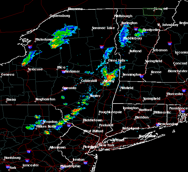 Radar Image for Severe Thunderstorms near Menands, NY at 8/3/2015 3:34 PM EDT