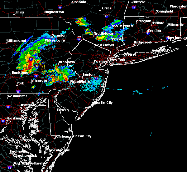 Radar Image for Severe Thunderstorms near Blandon, PA at 8/4/2015 1:35 AM EDT