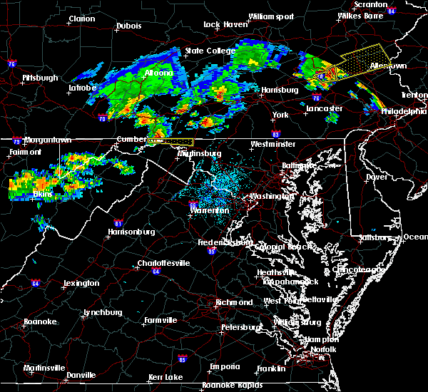 Radar Image for Severe Thunderstorms near Wilson-Conococheague, MD at 8/4/2015 1:56 AM EDT