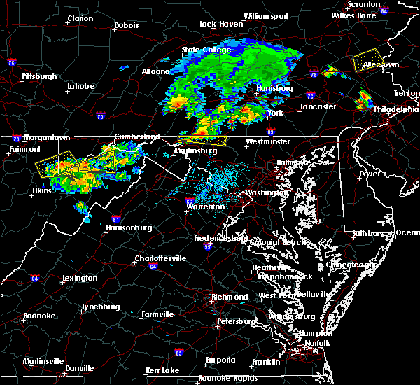 Radar Image for Severe Thunderstorms near McCoole, MD at 8/4/2015 2:39 AM EDT