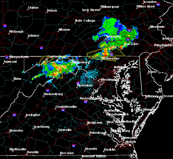 Radar Image for Severe Thunderstorms near Middletown, VA at 8/4/2015 3:34 AM EDT