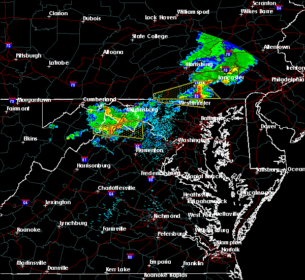 Radar Image for Severe Thunderstorms near Charles Town, WV at 8/4/2015 3:47 AM EDT