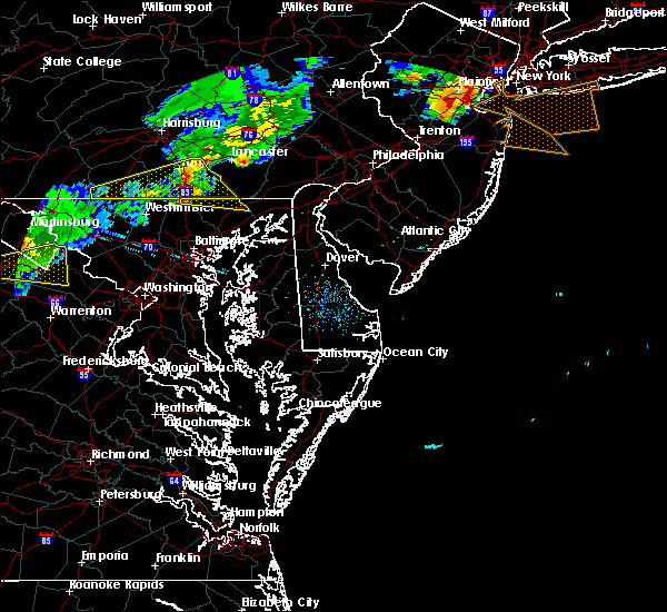 Radar Image for Severe Thunderstorms near Pylesville, MD at 8/4/2015 3:49 AM EDT