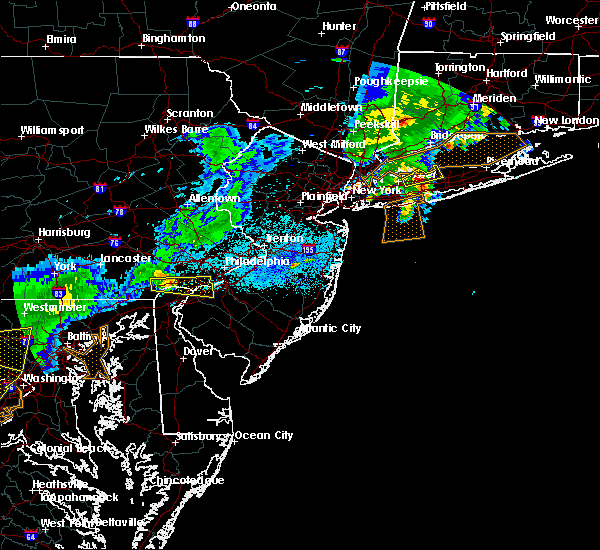 Radar Image for Severe Thunderstorms near Swedesboro, NJ at 8/4/2015 4:50 AM EDT