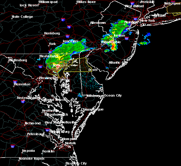 Radar Image for Severe Thunderstorms near Dover, DE at 8/4/2015 5:40 AM EDT