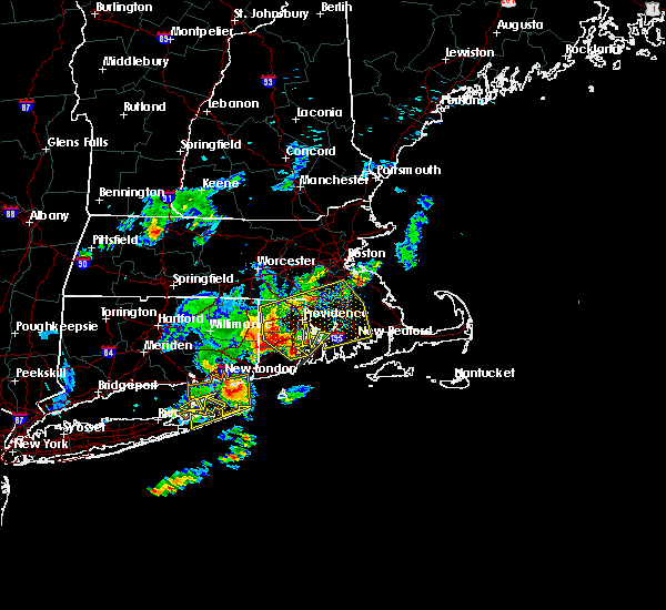 Radar Image for Severe Thunderstorms near Franklin Town, MA at 8/4/2015 6:17 AM EDT