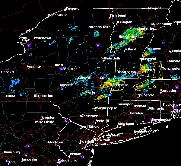 Radar Image for Severe Thunderstorms near Chatham, NY at 8/4/2015 12:58 PM EDT