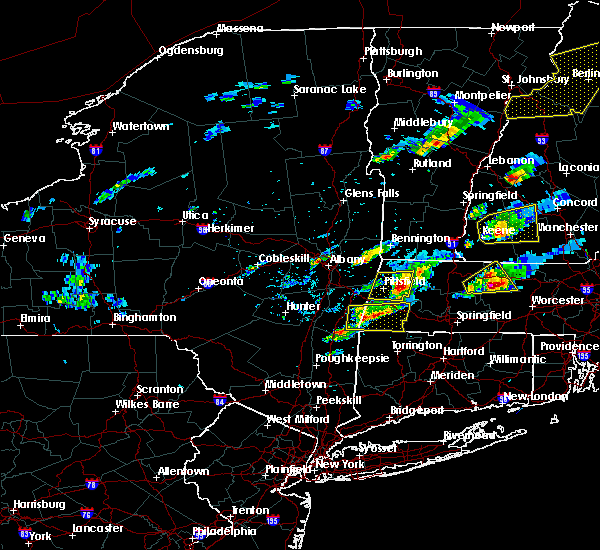Radar Image for Severe Thunderstorms near Housatonic, MA at 8/4/2015 1:29 PM EDT