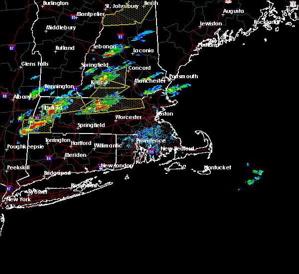 Radar Image for Severe Thunderstorms near Lowell, MA at 8/4/2015 1:38 PM EDT