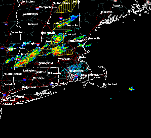 Radar Image for Severe Thunderstorms near Lowell, MA at 8/4/2015 1:55 PM EDT