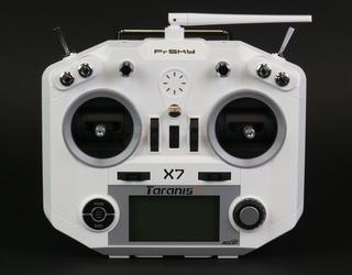 Qx7 White