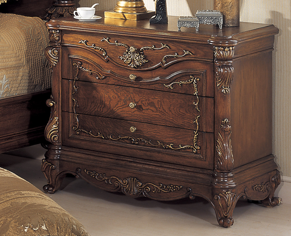 mahogany bedroom furniture orleans international 6 pc renaissance traditional 12203