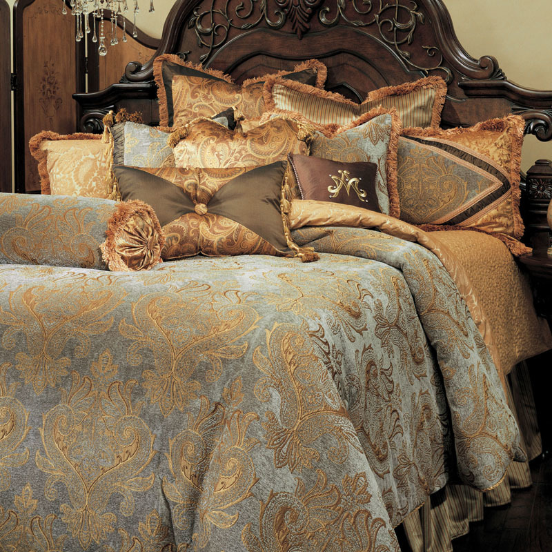 silver and gold bedroom michael amini 13 pc elizabeth king damask bedding set ebay 17059