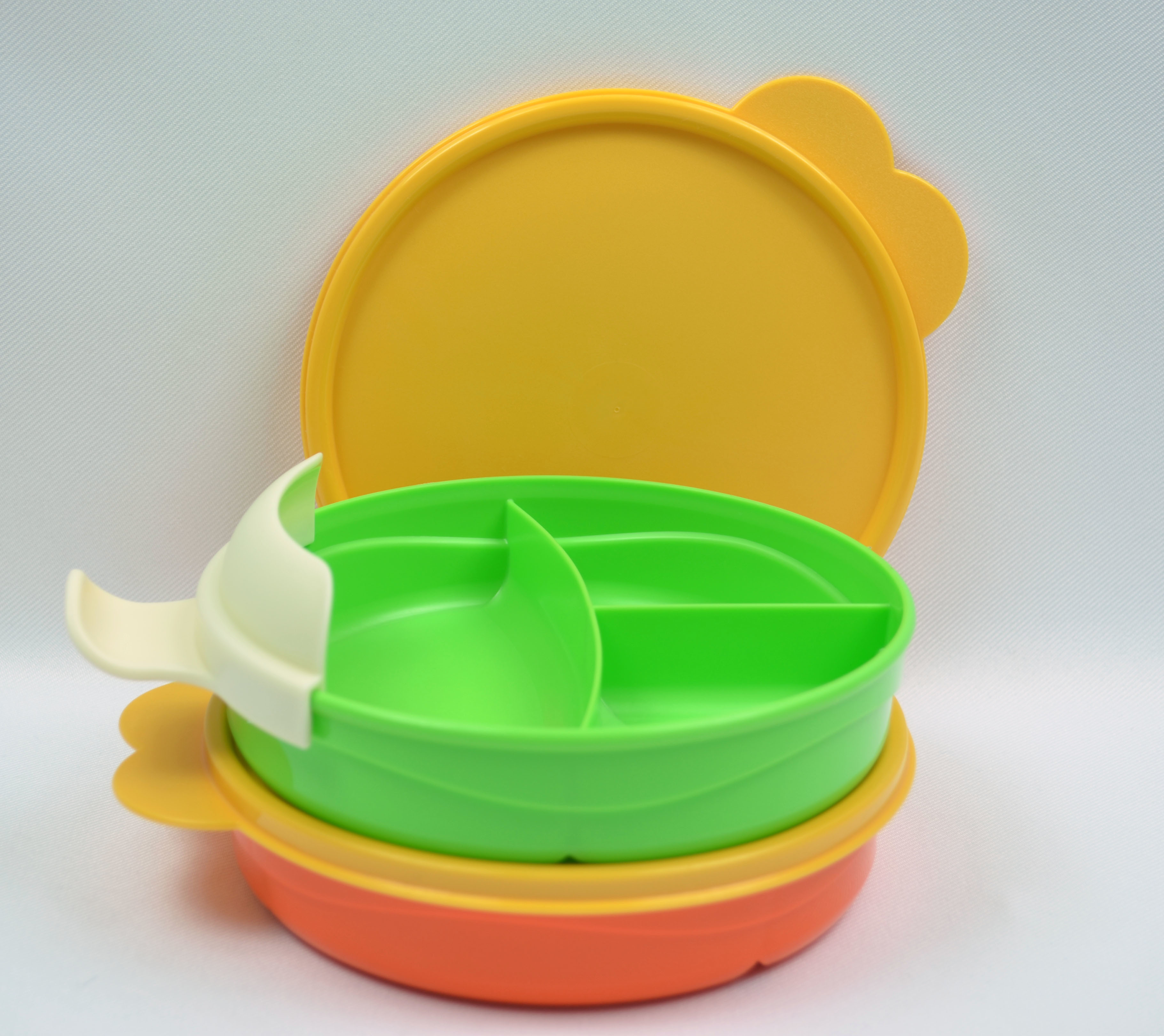 Sectioned Tupperware: Tupperware 2 Toddler Size Divided Dish Set With Easy Grip