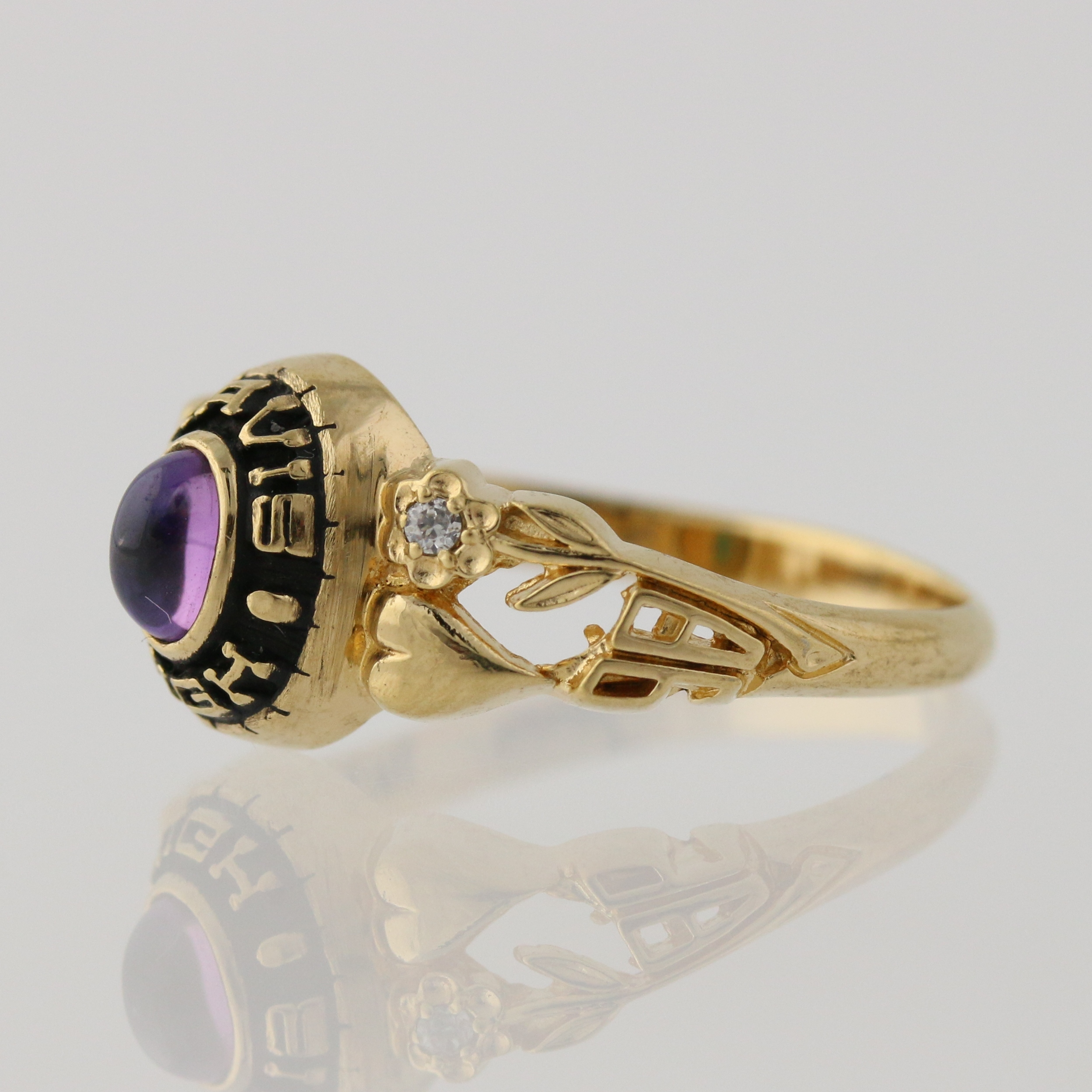 women 39 s class ring synthetic purple spinel czs high. Black Bedroom Furniture Sets. Home Design Ideas
