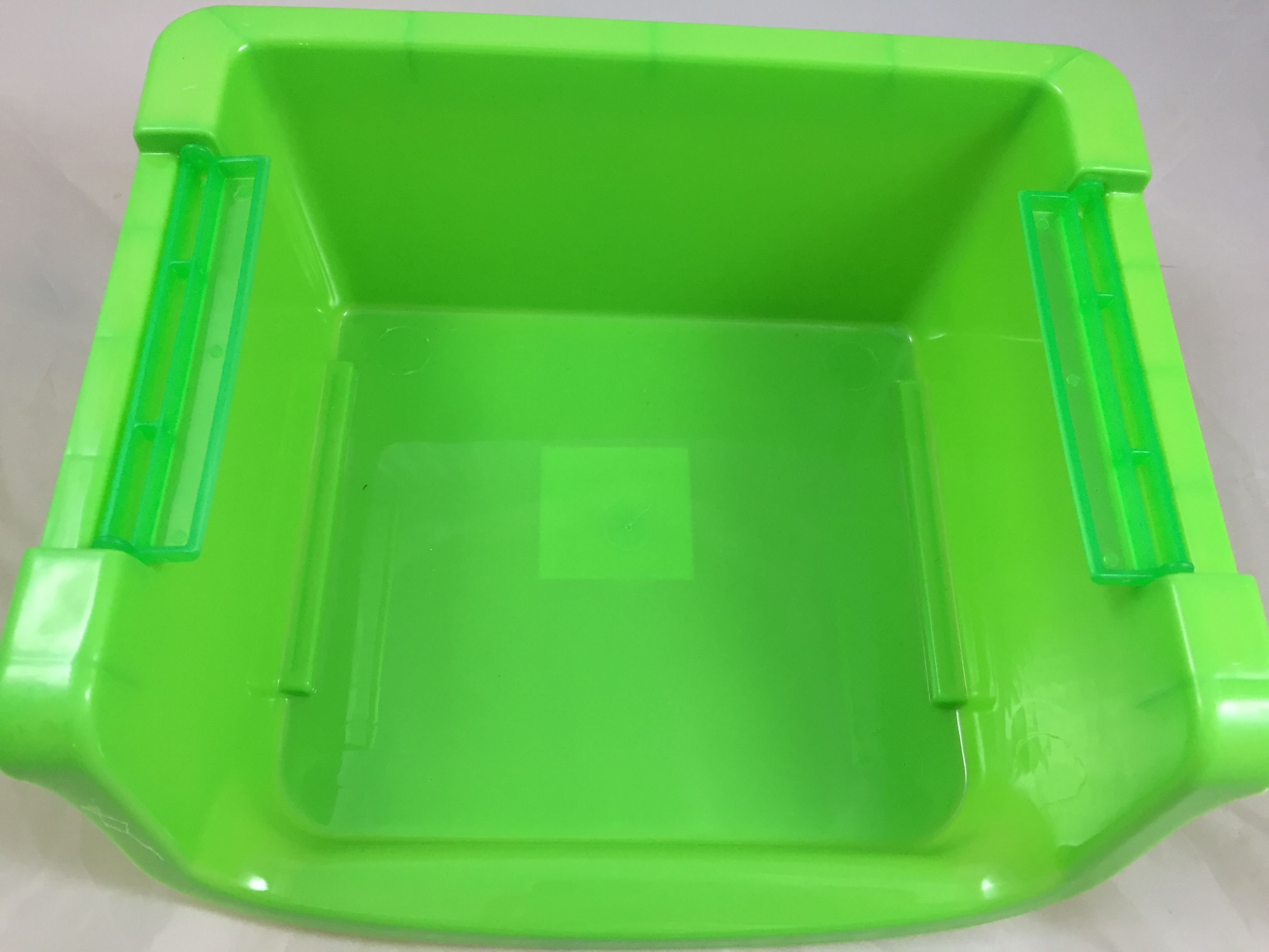 Small Stackable Storage Bin Plastic Colors Vary Ebay