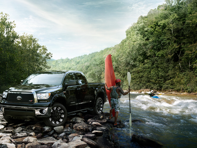 Tundra XSP-X Rafting Beauty Shot