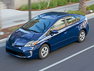 2014 Prius en Nautical Blue Metallic