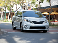 2014 Sienna SE in Silver Sky Metallic