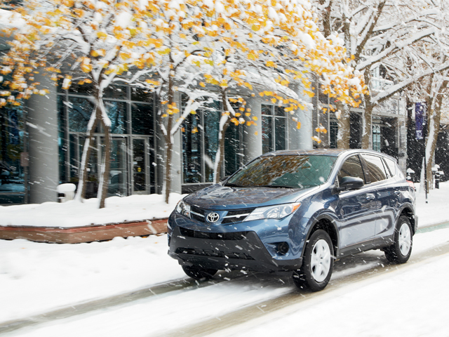 2014 RAV4 LE en Shoreline Blue