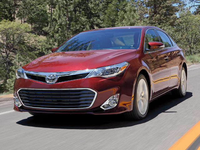 2013 Avalon Touring en Rojo
