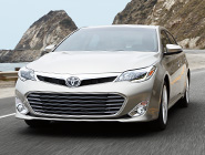 2013 Avalon Limited en Beige